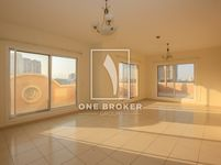 2 Bedroom Apartment in Mulberry 2-photo @index