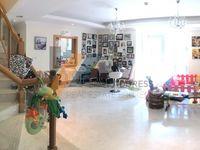 3 Bedroom Apartment in Executive-photo @index
