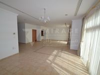 3 Bedroom Villa in Ain Khaled-photo @index