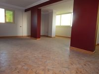 5 Bedroom Apartment in Raml Station-photo @index